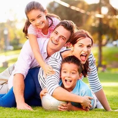 La familia capital social